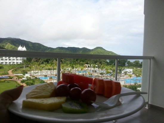 Hotel Riu Palace Costa Rica: Breakfast with a beautiful view