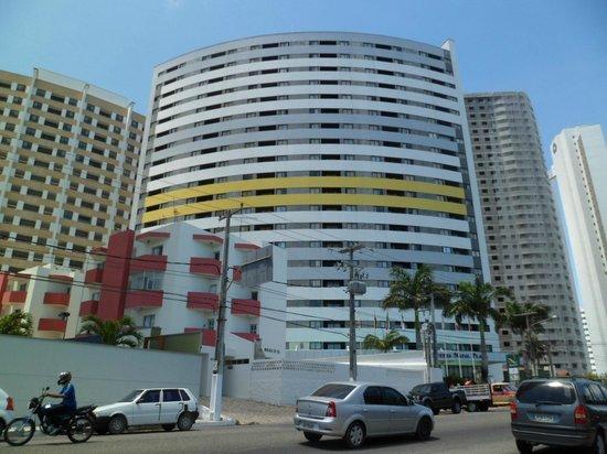 Quality Hotel & Suites Natal: Fachada do hotel