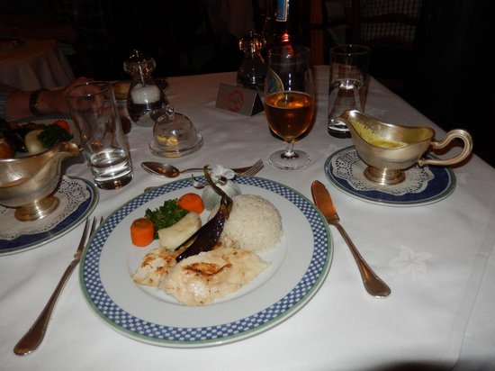 Kirawira Serena Camp: Fantastic food in a tent