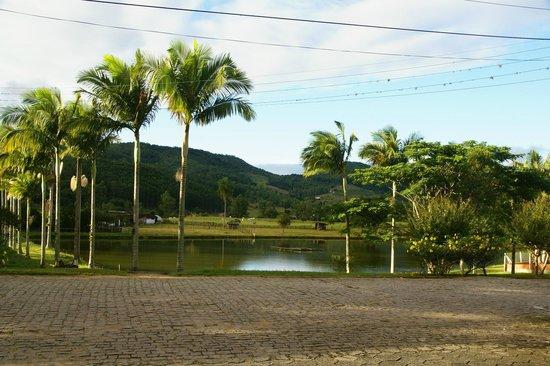 Hotel Termas Rio do Pouso: Lago no hotel rio do pouso