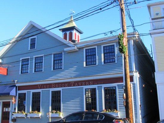 Vine Brook Tavern : Restaurant's exterior