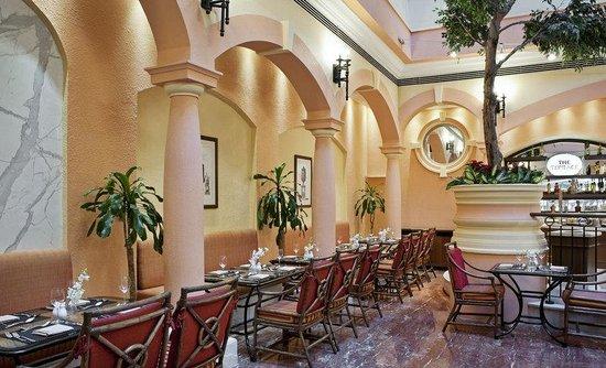 Photo of Sheraton Deira Hotel Dubai