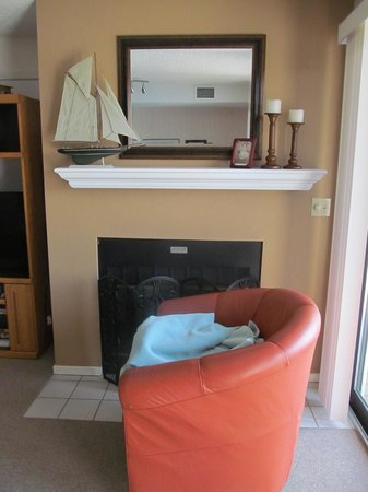 The Edgewater Inn: fireplace