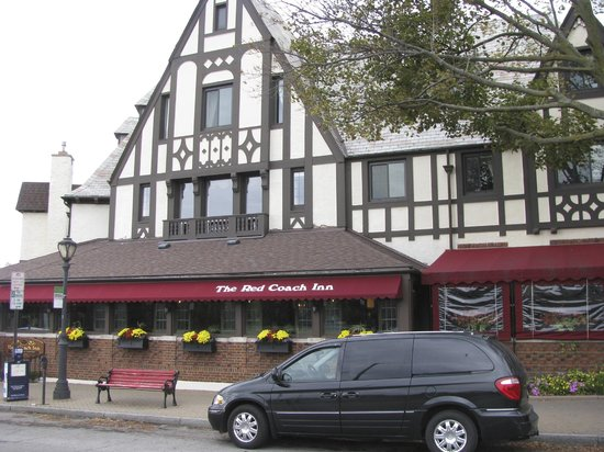 Red Coach Inn - Restaurant: Front, Outside View of Restaurant