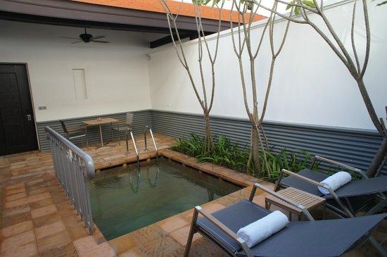 Park Hyatt Siem Reap: Personal pool in the room