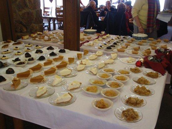 The Skillet Restaurant: Dessert table @ Thanksgiving buffet