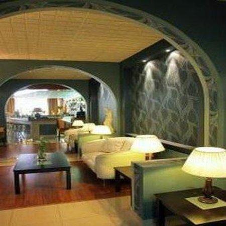Lydia Hotel: Lobby View
