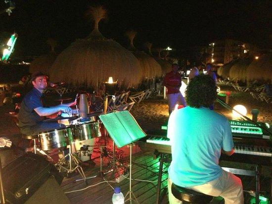 Xiringuito Marino: Actuaciones en vivo de jueves a domingo