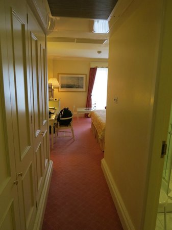 The Merrion Hotel: Entrance Room 1