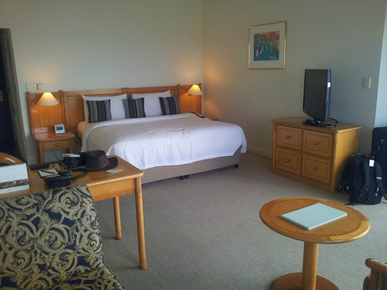 Shangri-La Hotel, The Marina, Cairns: Our Room