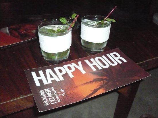 Las Palmeras: Happy hour with Mojitos