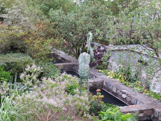 The Merrion Hotel: Statues in garden