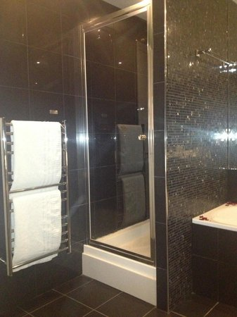 Townhouse Hotel Manchester: Bathroom