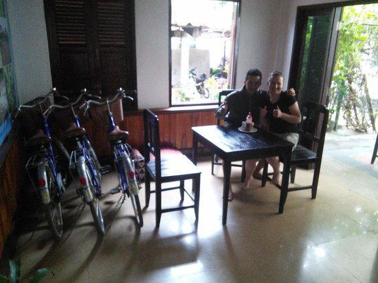 Liberty Guest House: Minh and my gf