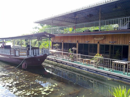 Noble Night Guesthouse : Floating rooms