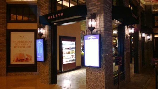 Borgata Hotel Casino & Spa: Gelato was not great but ok