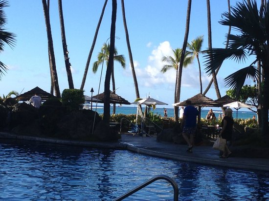 Hilton Hawaiian Village Waikiki Beach Resort: Pool view