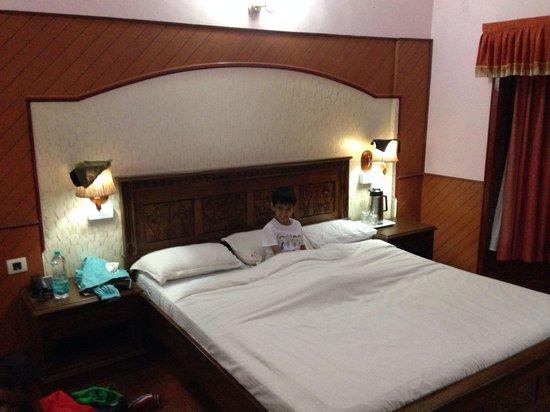 JC Residency: Room