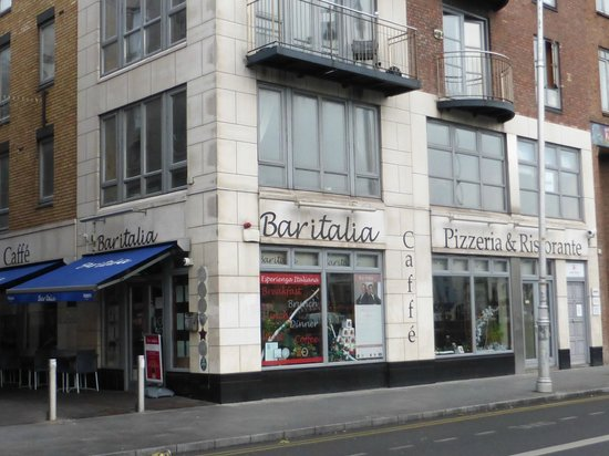 Bar Italia Exterior