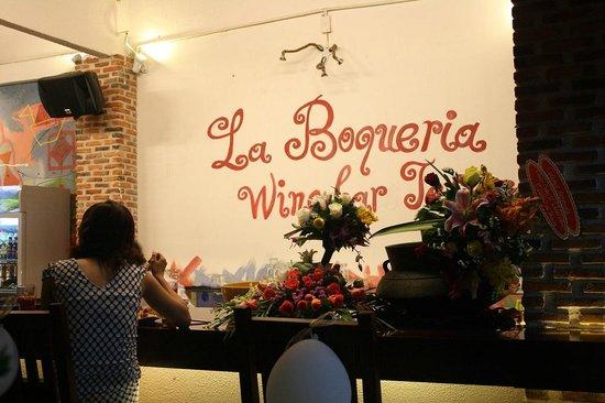 La Boqueria Restaurant Wine Bar and Tapas: buffet evening