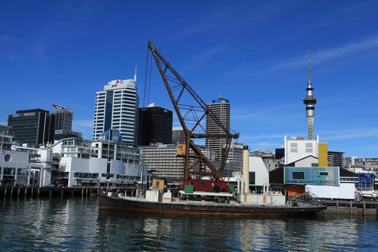 Fullers Auckland Harbour Cruise: A little more maritime flavour