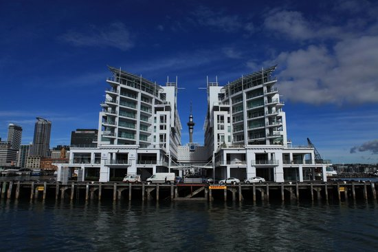 Fullers Auckland Harbour Cruise: Sky Tower among the buildings