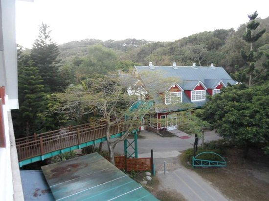 Flying Cow Ranch Hotel Miaoli: View from Family Quad Room (3rd floor)