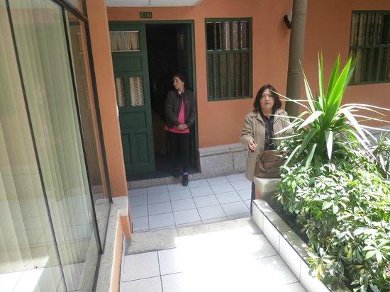 El Portal del Marqués: Jardinez cerca de la habitación