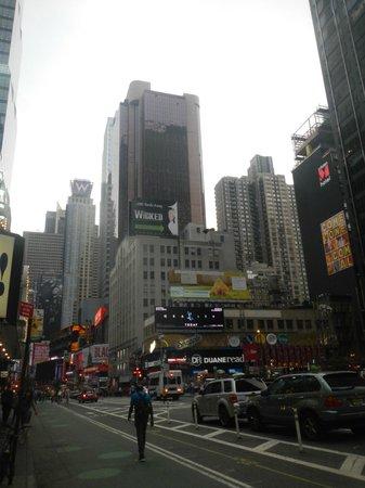 W New York - Times Square : вид отеля