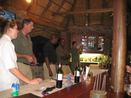 Idube Game Reserve Lodge : The most important pace THE BAR!