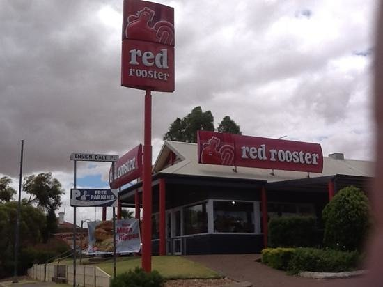 Red Rooster: great location