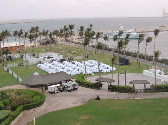 JA Jebel Ali Beach Hotel: استعداد لاقامة حفلات العشاء بالهواء الطلق