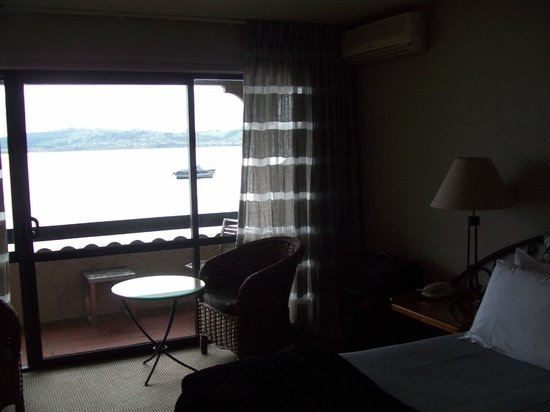 Millennium Hotel and Resort Manuels Taupo : Looking out towards the lake