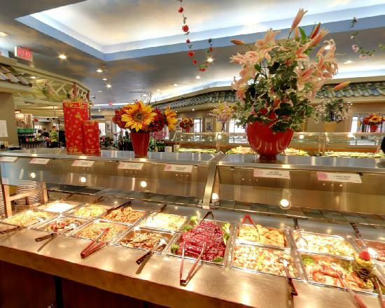 Mandarin Restaurant: Dinner Buffet