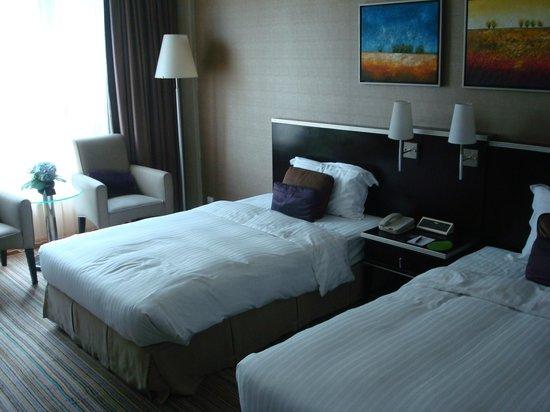 Park Hotel Hong Kong: room