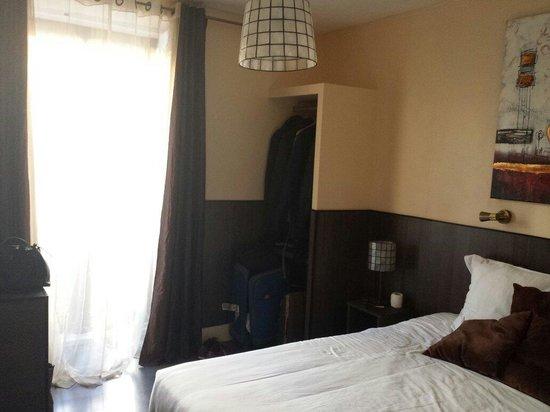 THC Bergantin Hostel: Muy muy limpio acogedor en pleno centro de madrid....aire acondicionado,pantalla plana y parquet