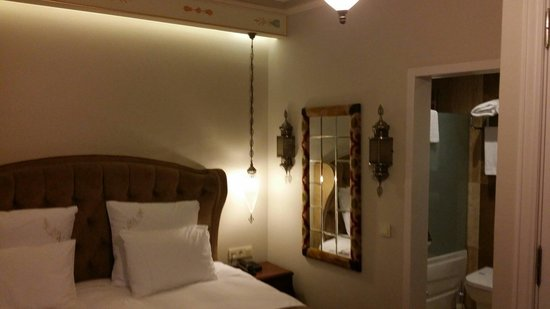 Azade Hotel: Room