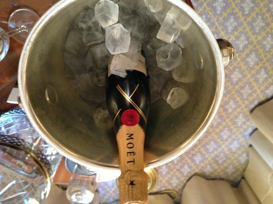 The Ritz-Carlton, Berlin: Champagne