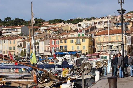 BnB Les Amis de Marseille: porto di cassis