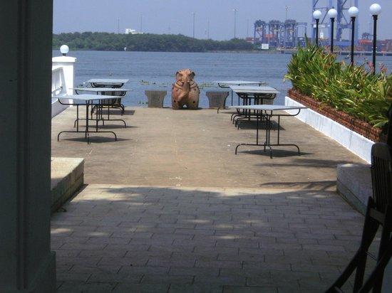 Fort House Restaurant: Vue sur la baie