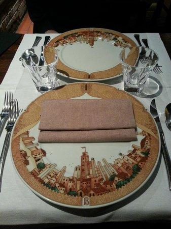 Love these plates picture of bel soggiorno san for Bel soggiorno san gimignano