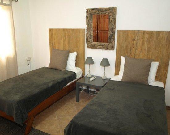 Castaway Fishing Lodge: Twin bedroom (Villa with swimming pool)