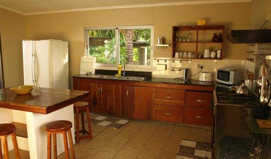 Castaway Fishing Lodge: Large kitchen (Villa with swimming pool)