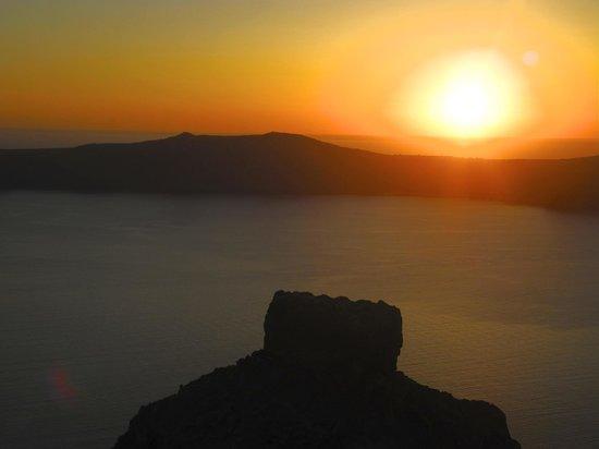 Hotel Sunny Villas: Sonnenuntergang vom Balkon