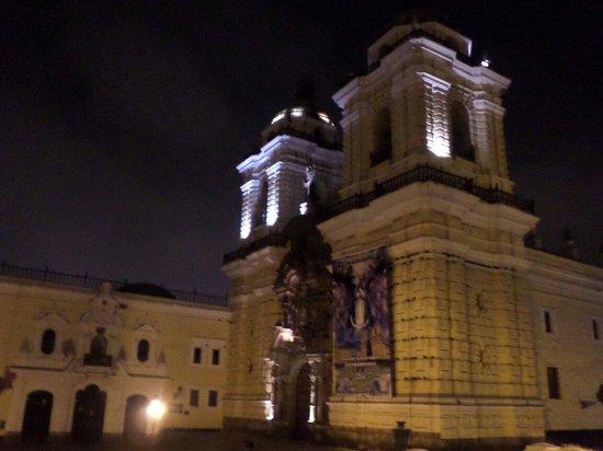 Monastery of Santo Domingo (Iglesia y Monasterio de Santo Domingo): Monasterio iluminado