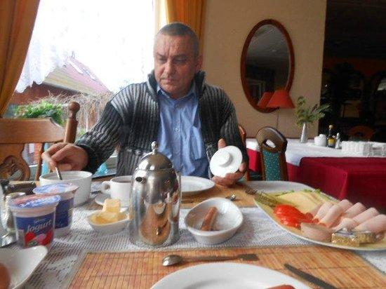Hotel Zdrojewo: sniadanko
