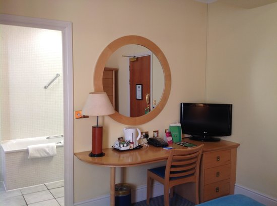 De Vere Devonport House: Room