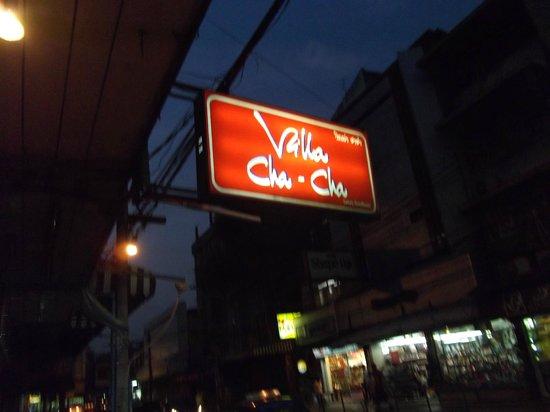Villa Cha-Cha : enseigne