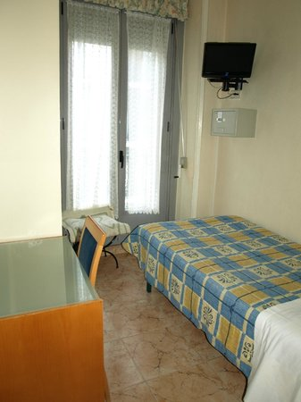 Hostal San Lorenzo: Комната