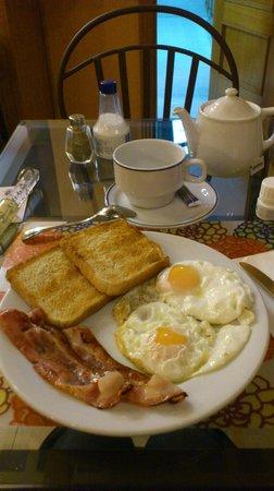 Hostal San Lorenzo: Английский завтрак (за доп. плату)